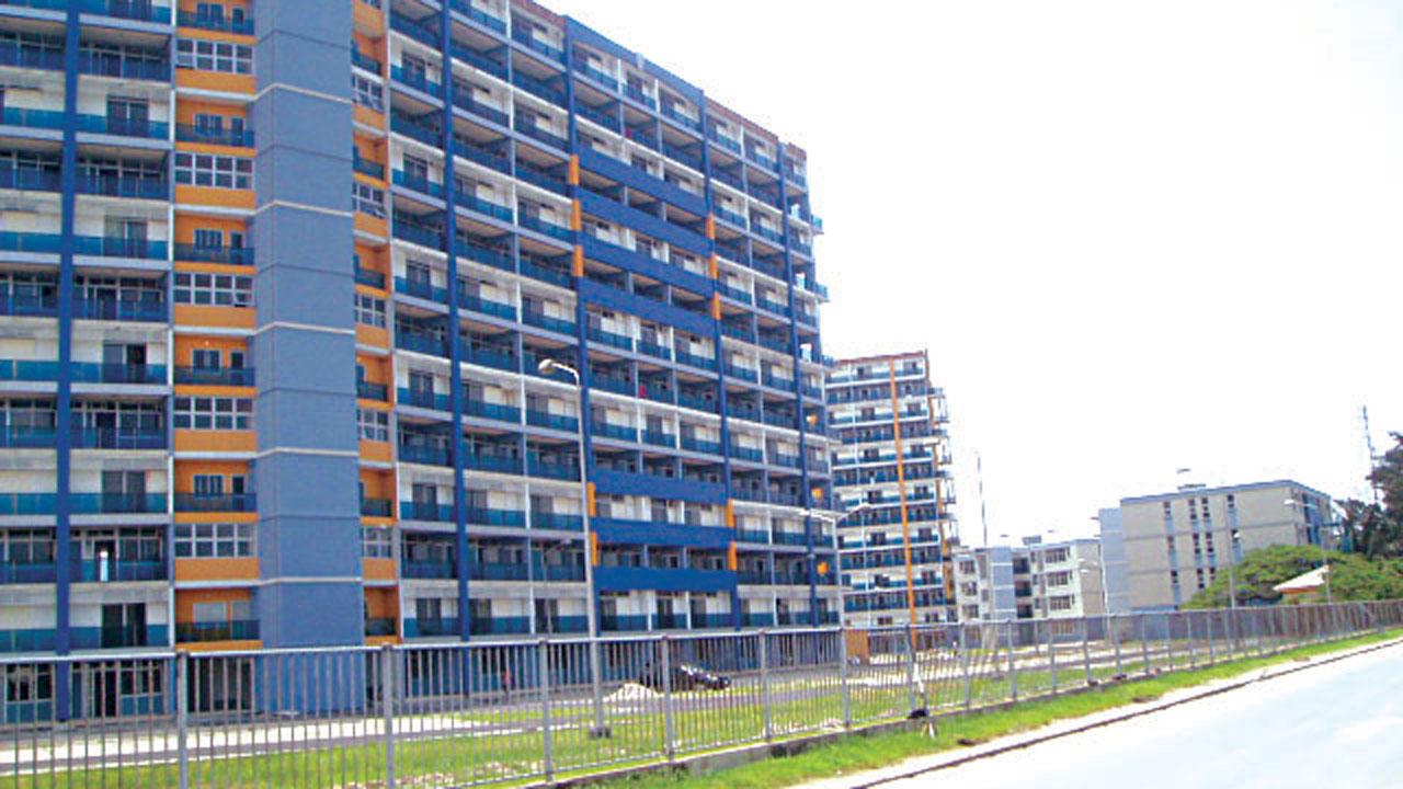 1004 Estate
